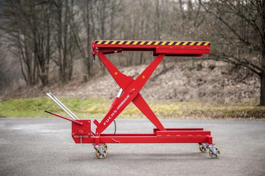 Scherenhubwagen für die NFZ-Werkstatt und Busbetriebshöfe